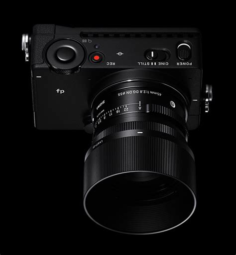 Sigma unveils 'the world's smallest and lightest